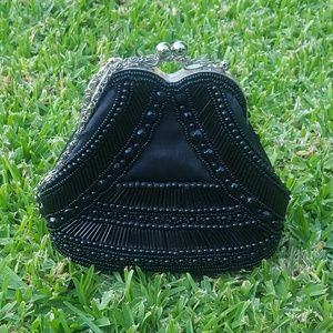 Handbags - 🔶️3/$15 | Beaded Black Formal Handbag EUC